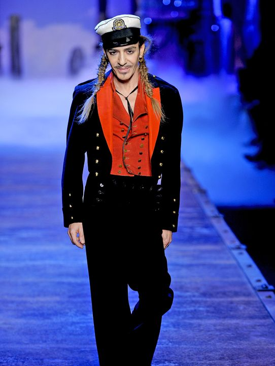 Promi-Skandale-John-Galliano-2010-10-1-WENN - Bildquelle: WENN.com
