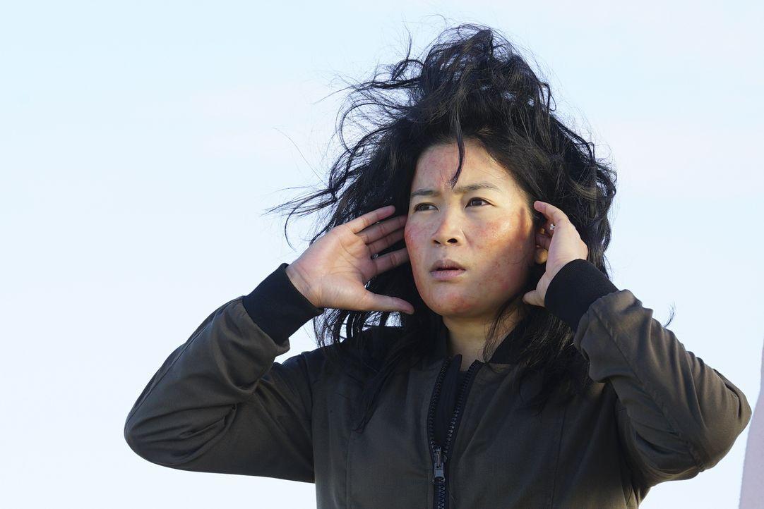 Wie wird Happy (Jadyn Wong) reagieren, wenn sie erfährt, dass ihr Ehemann sich mit seiner Ex-Verlobten trifft, anstatt dem Team bei einem neuen Fall... - Bildquelle: Monty Brinton 2017 CBS Broadcasting, Inc. All Rights Reserved