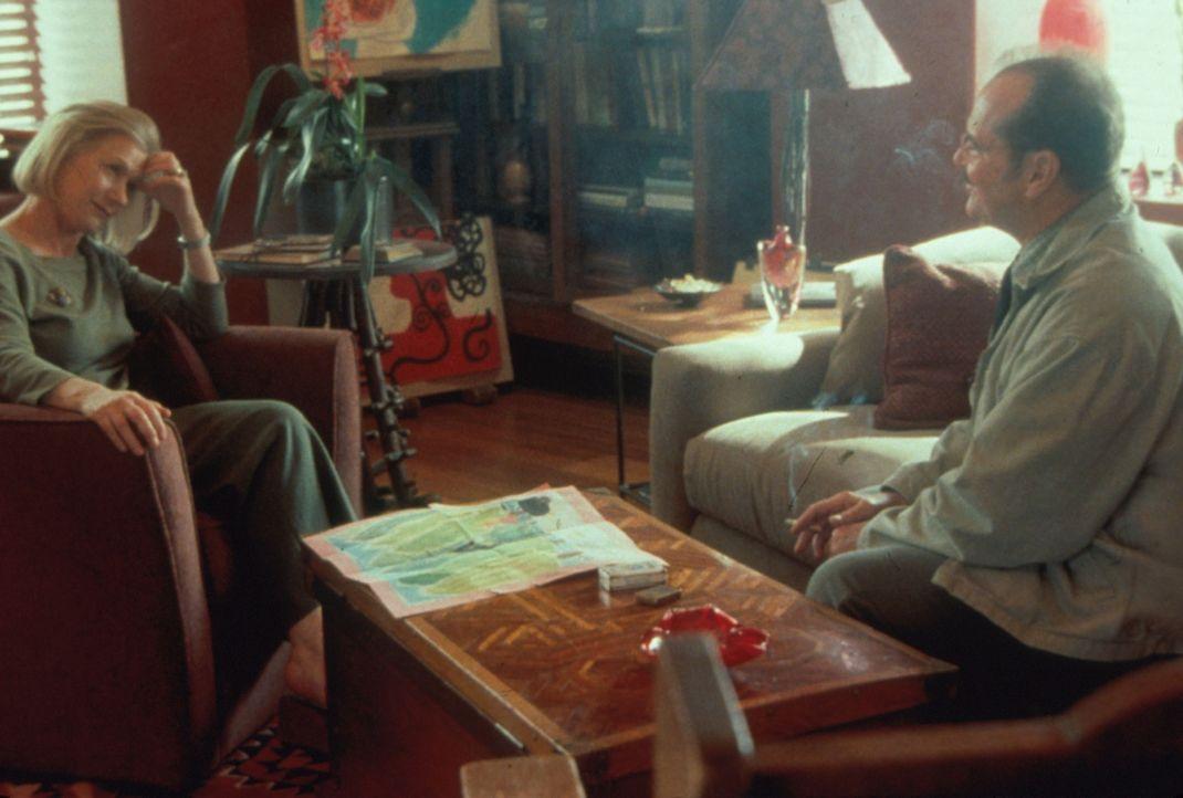Jerry (Jack Nicholson, r.) holt sich Rat von der Fachfrau: Doctor (Helen Mirren, l.) ... - Bildquelle: Warner Bros.