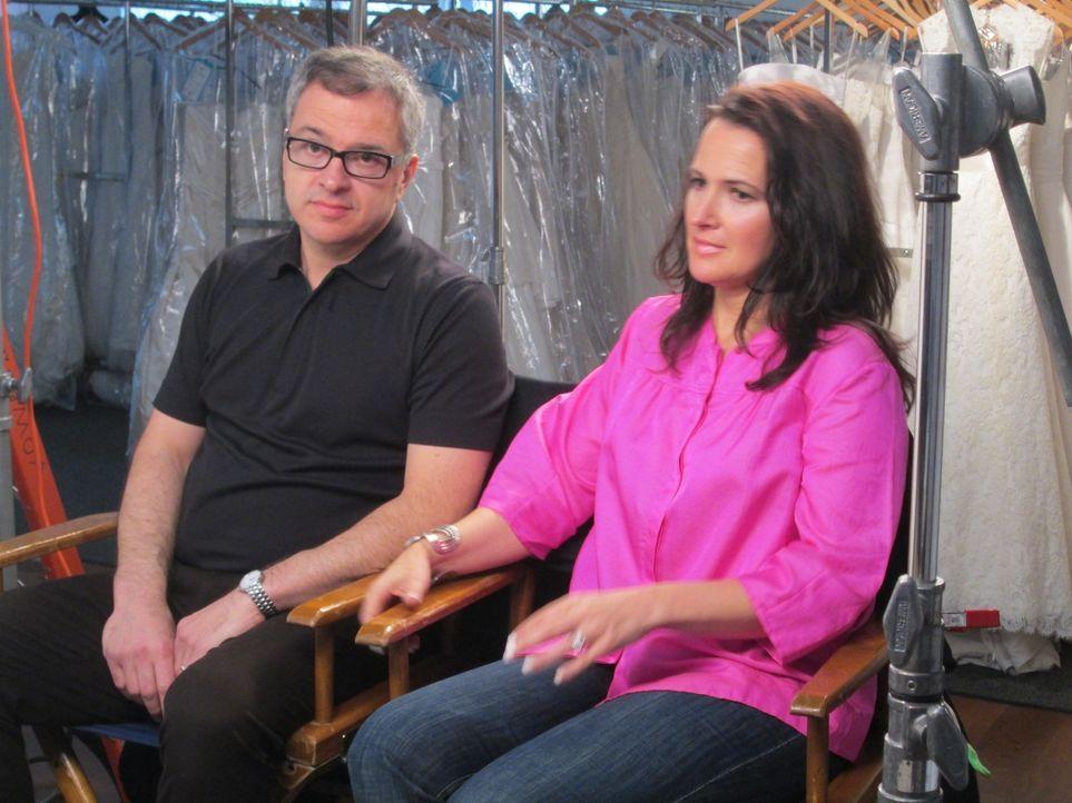 Ihr Ziel ist es, jeder Frau zum perfekten Hochzeitskleid zu verhelfen, egal wie klein das Budget ist: Rick (l.) und Leslie (r.) ... - Bildquelle: TLC