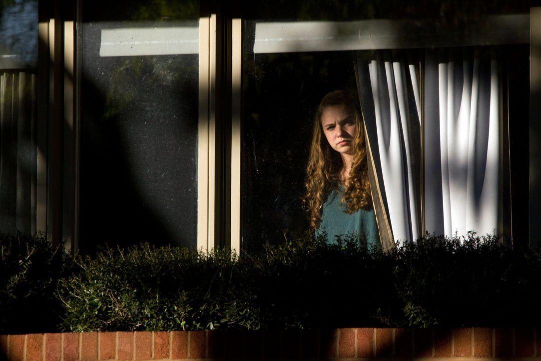 Tief im Inneren zweifelt sie und trifft eine Entscheidung, die das Leben vieler Menschen rettet: Dana Brody (Morgan Saylor) ... - Bildquelle: 20th Century Fox International Television