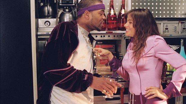 Muggsy (Method Man, l.) versucht sein Glück bei der hübschen Blanca (Sofía Ve...