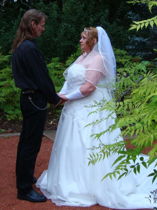 Start in ein neues Leben: In Kanada geben sich Sandys Eltern (Foto) erneut das Ja-Wort ... - Bildquelle: kabel eins