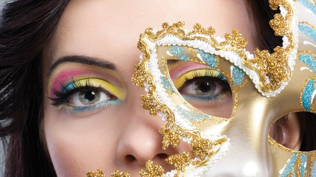 Karneval-Make-up fürs perfekte Outfit