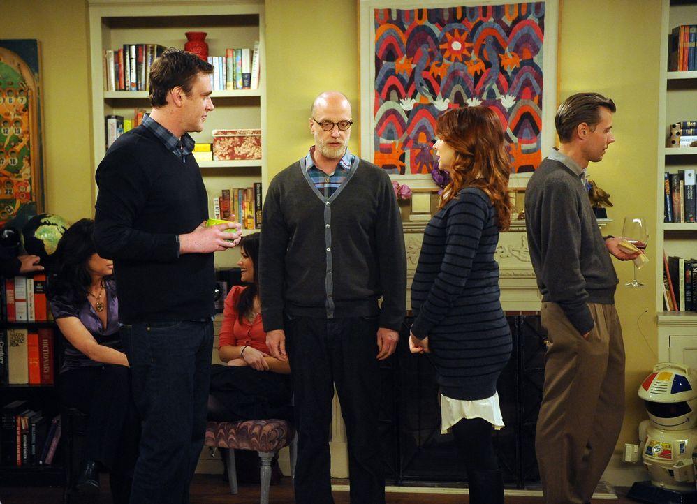 Die Einweihungsparty ist im vollen Gange: Lily (Alyson Hannigan, 2.v.r.), Marshall (Jason Segel, 2.v.l.) und Mickey (Chris Elliott, M.) ... - Bildquelle: 20th Century Fox International Television