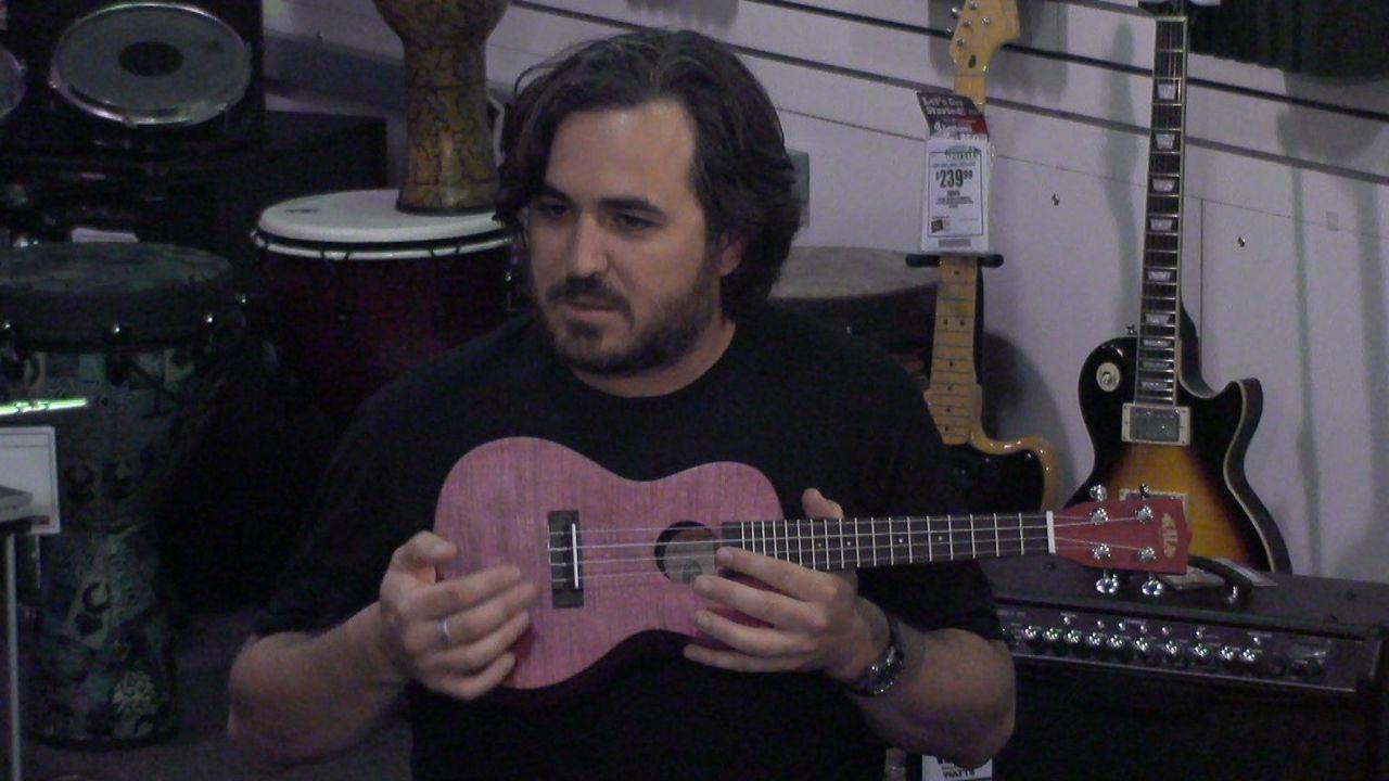"""Musikalisch ist anders: Brian """"Murr"""" ... - Bildquelle: 2014 Warner Bros."""