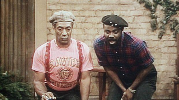 Cliff (Bill Cosby, l.) und James (Sullivan Walker, r.) liefern sich eine span...