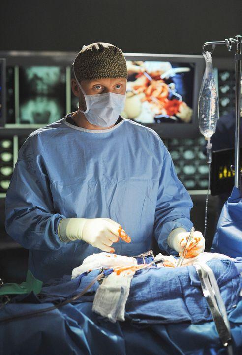 Die jungen Ärzte werden von Dr. Owen Hunt (Kevin McKidd) auf eine harte Probe gestellt ... - Bildquelle: Touchstone Television