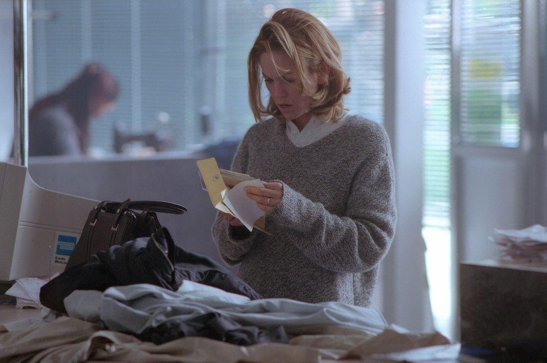 Die Begegnung mit dem mysteriösen Fremden, dessen Spontaneität und Charme Connie (Diane Lane) sofort fesseln, erweckt eine völlig neue, nie gekan... - Bildquelle: 20th Century Fox