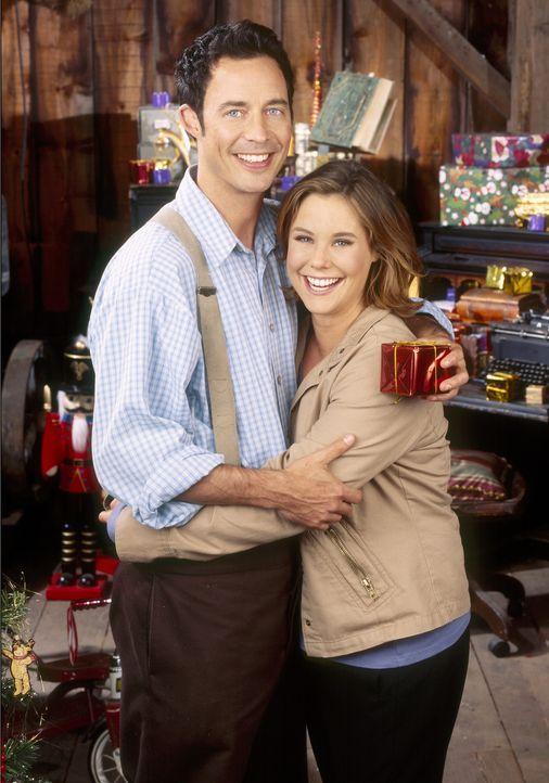 Bei der Rettung von Buddy lernt Nick (Tom Cavanagh, l.) Sandy (Ashley Williams, r.) kennen und lieben ... - Bildquelle: Buena Vista International Television