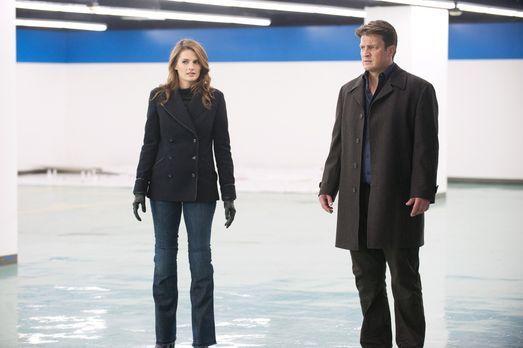 Castle - Kate Beckett (Stana Katic, l.) und Richard Castle (Nathan Fillion, r...
