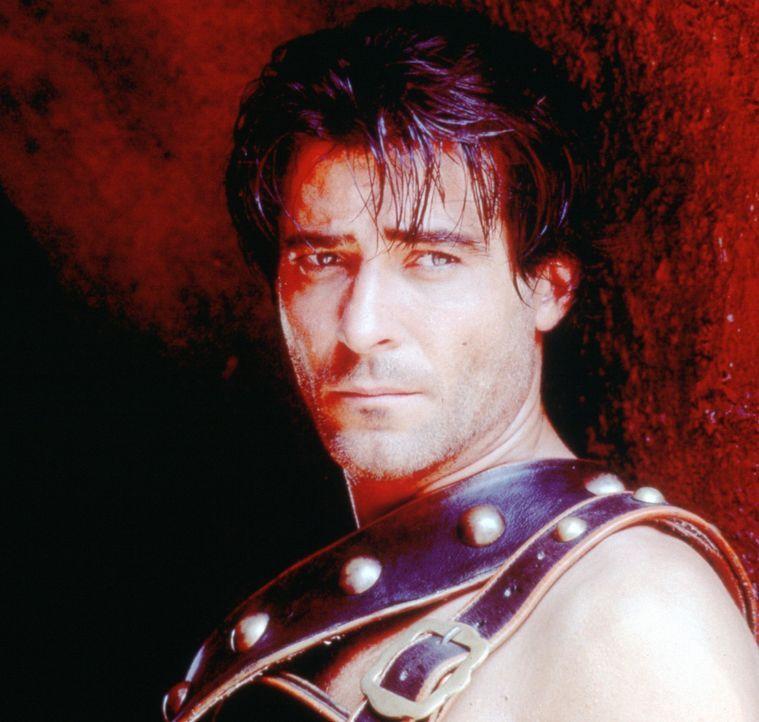 Seit Jahren wird der thrakische Sklave Spartacus (Goran Visnjic) gezwungen, als Gladiator zu kämpfen. Immer wieder muss er mit ansehen, wie Sklaven... - Bildquelle: USA Network Pictures