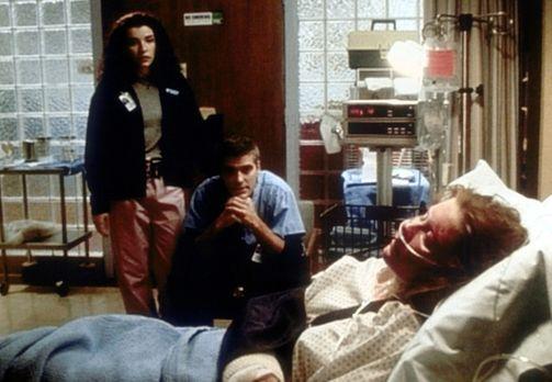 Emergency Room - Die Notaufnahme - Als Charlie (Kirsten Dunst, r.) brutal zus...