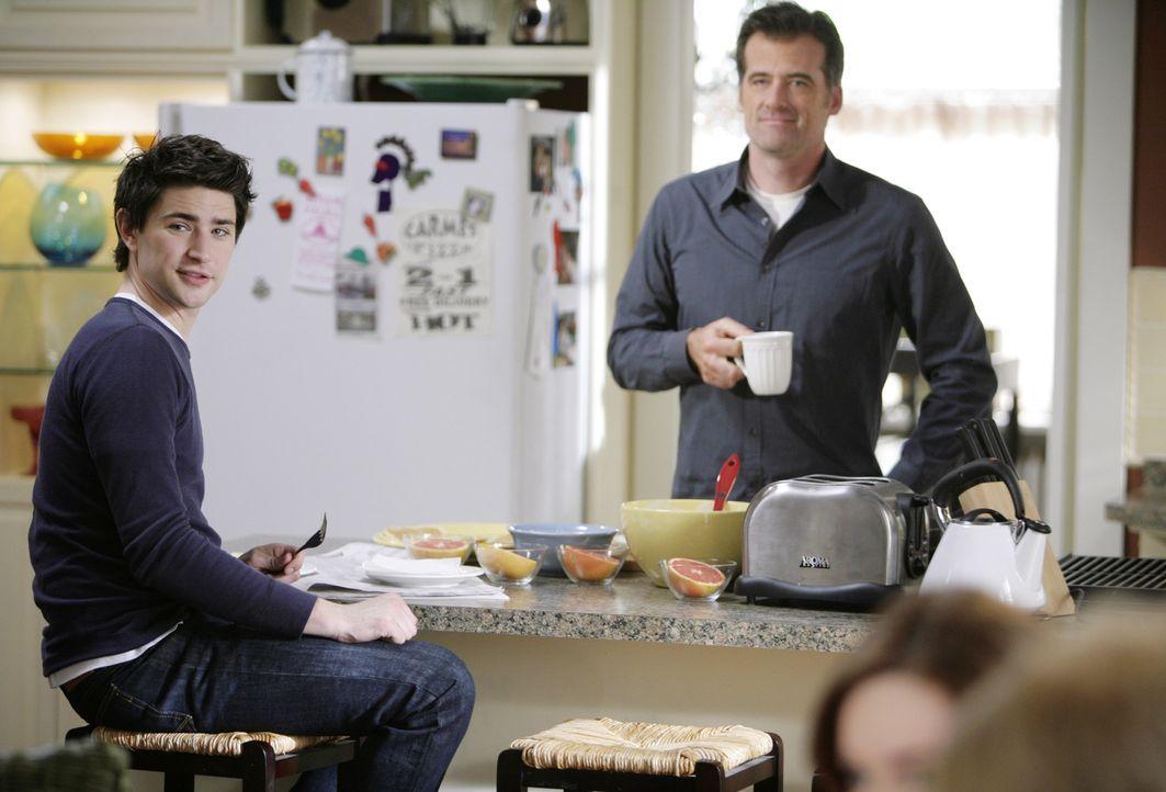 Eigentlich wünscht sich Kyle (Matt Dallas, l.) nichts sehnlicher, als ein ganz normales Leben zu führen. Er genießt deshalb die Momente mit seine... - Bildquelle: TOUCHSTONE TELEVISION
