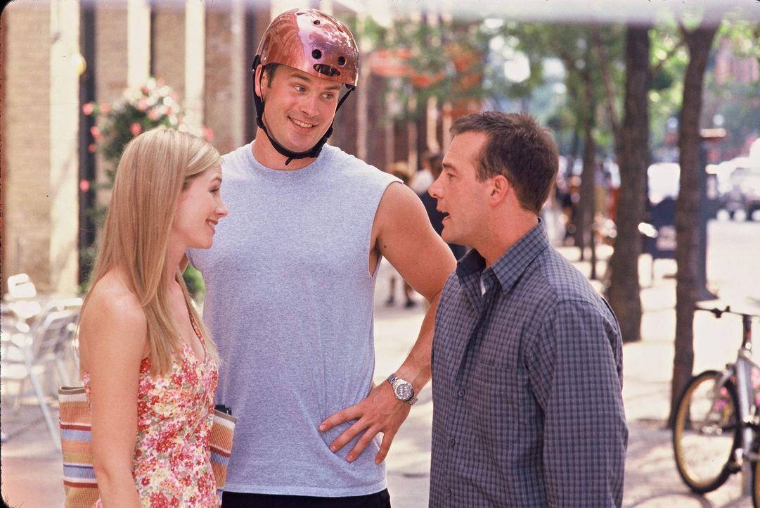 Nach der etwas unsanften Auseinandersetzung mit Gordie (Gabriel Hogan, M.), dem zukünftigen Ehemann von Gail (Meredith Monroe, l.), erhält Michael... - Bildquelle: ABC Family
