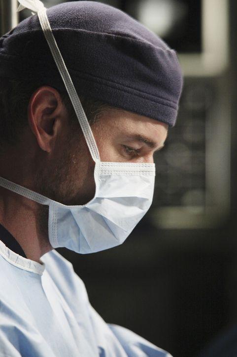 Arizona behandelt gemeinsam mit Mark (Eric Dane) das junge Mädchen Sara, die ohne Wangenknochen geboren wurde. Mark will eine neue OP-Methode auspr... - Bildquelle: ABC Studios