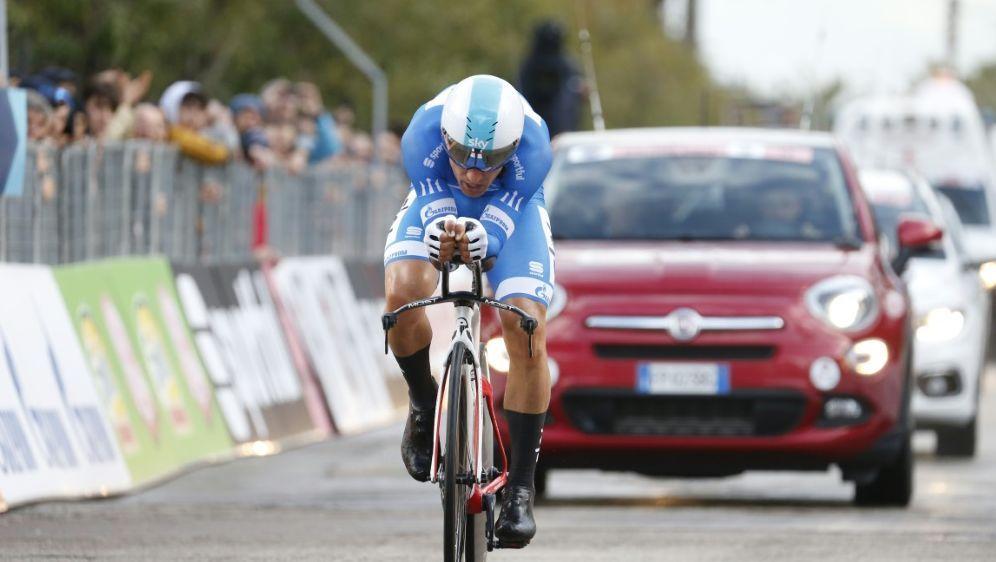 Michal Kwiatkowski mit Gesamtsieg bei Tirreno-Adriatico - Bildquelle: AFPSIDYUZURU SUNADA