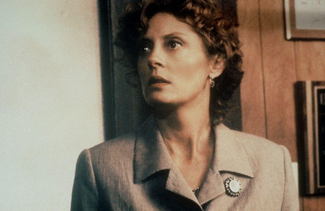 Reggie (Susan Sarandon) muss sowohl dem FBI als auch der Mafia immer einen Schritt voraus sein ... - Bildquelle: Warner Bros.