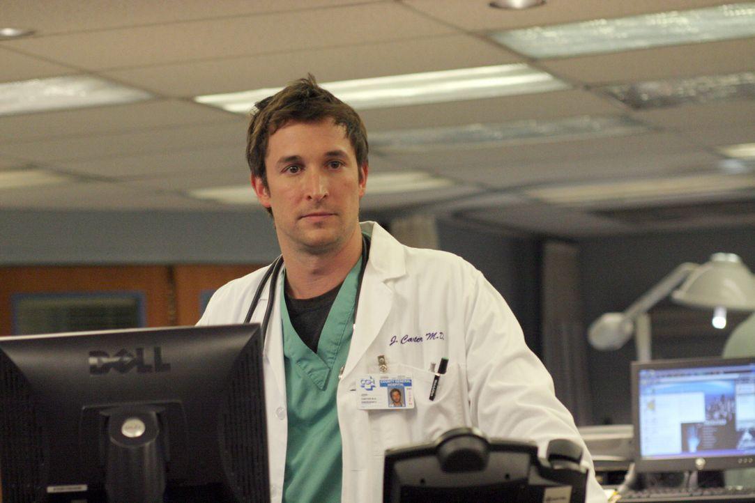 Carter (Noah Wyle) kommen Zweifel, ob das neue Medikament, das eine Patientin eingenommen hat, vielleicht zu früh für die Öffentlichkeit freigegeben... - Bildquelle: WARNER BROS