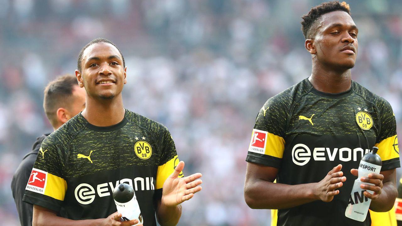 Junge BVB-Verteidigung gegen zwei Weltstars - Bildquelle: imago/Thomas Bielefeld