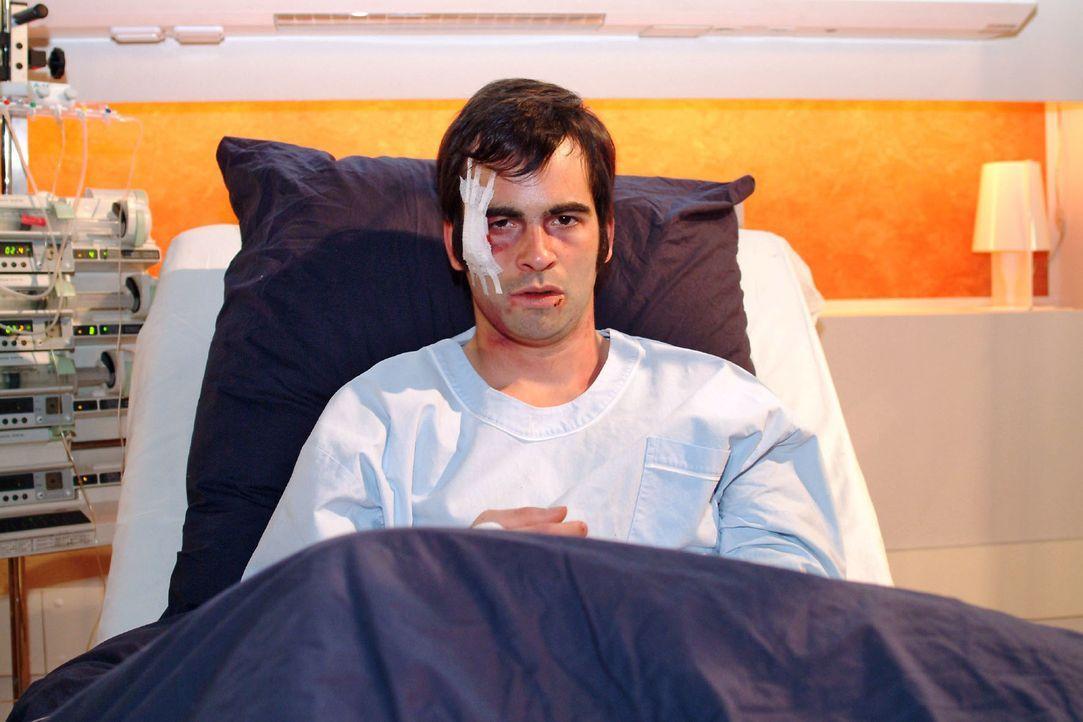 David (Mathis Künzler) ist sich völlig sicher, dass Richard hinter seiner Entführung steckt. - Bildquelle: Monika Schürle Sat.1