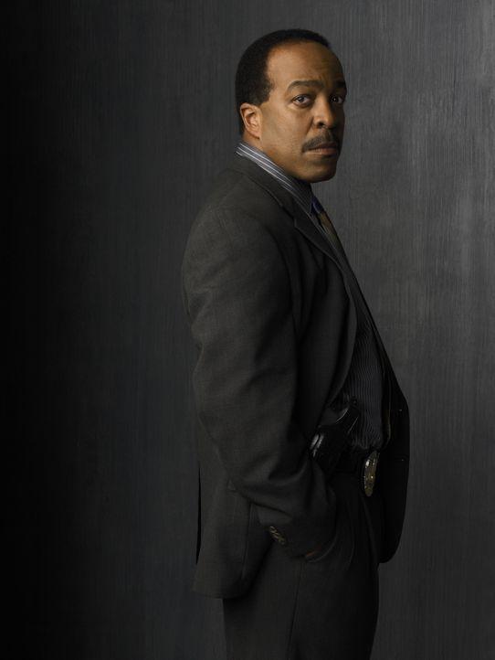 (2. Staffel) - Seine Position als Leiter der Sondermordkommission musste Commander Taylor (Robert Gossett) abgeben, als Brenda Leigh Johnson nach L.... - Bildquelle: Warner Brothers