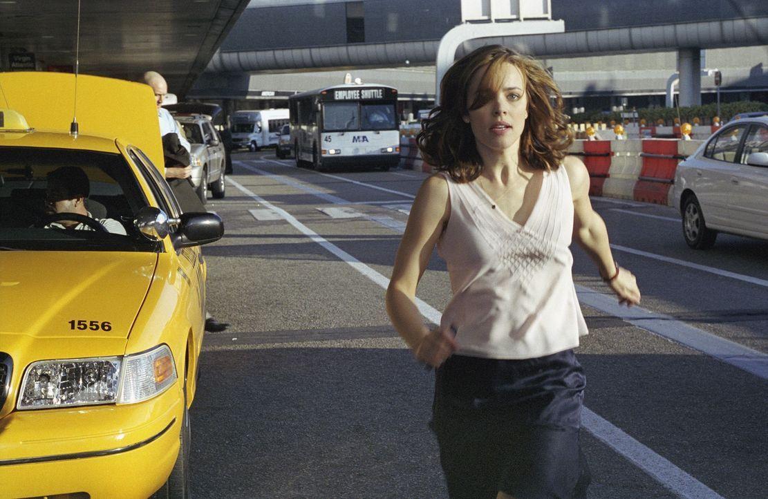 In Miami angekommen, versucht Lisa (Rachel McAdams) ihrem Peiniger zu entkommen - doch sie hat die Rechnung ohne dessen Leute gemacht ... - Bildquelle: Telepool GmbH