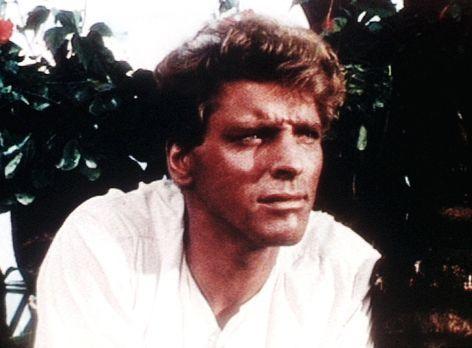 Weißer Herrscher über Tonga - Kapitän O'Keefe (Burt Lancaster) wird von den d...