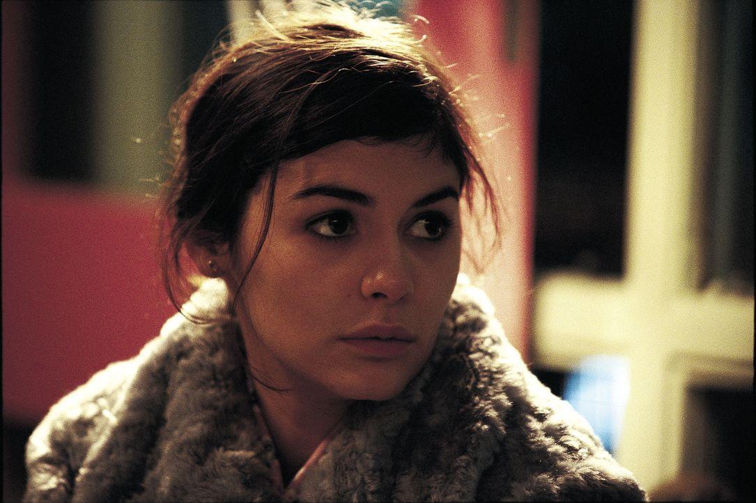 Um an einen gültigen Pass zu kommen, lässt sich Senay (Audrey Tautou) auf einen furchtbaren Deal ein ... - Bildquelle: Laurie Sparham Miramax Films. All Rights Reserved.