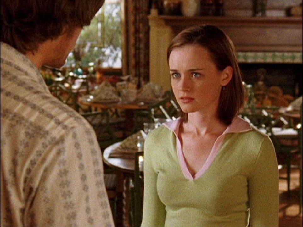 Als das Dragonfly Inn kurz vor der Eröffnung steht, plant Lorelai einen Probelauf mit Rory (Alexis Bledel) und allen Freunden. Kann das gut gehen? - Bildquelle: 2003 Warner Bros.