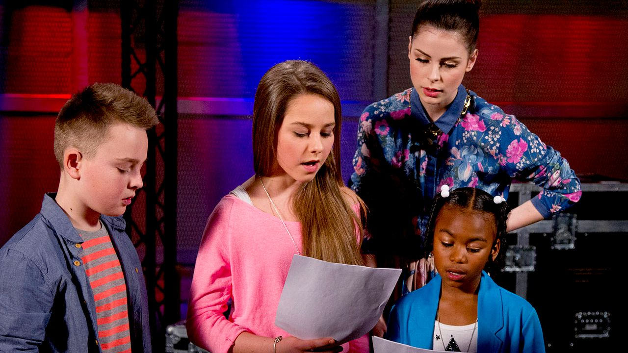 The-Voice-Kids-epi05-Mike-Olivia-Chelsea-6-SAT1-Richard-Huebner - Bildquelle: SAT.1/Richard Hübner