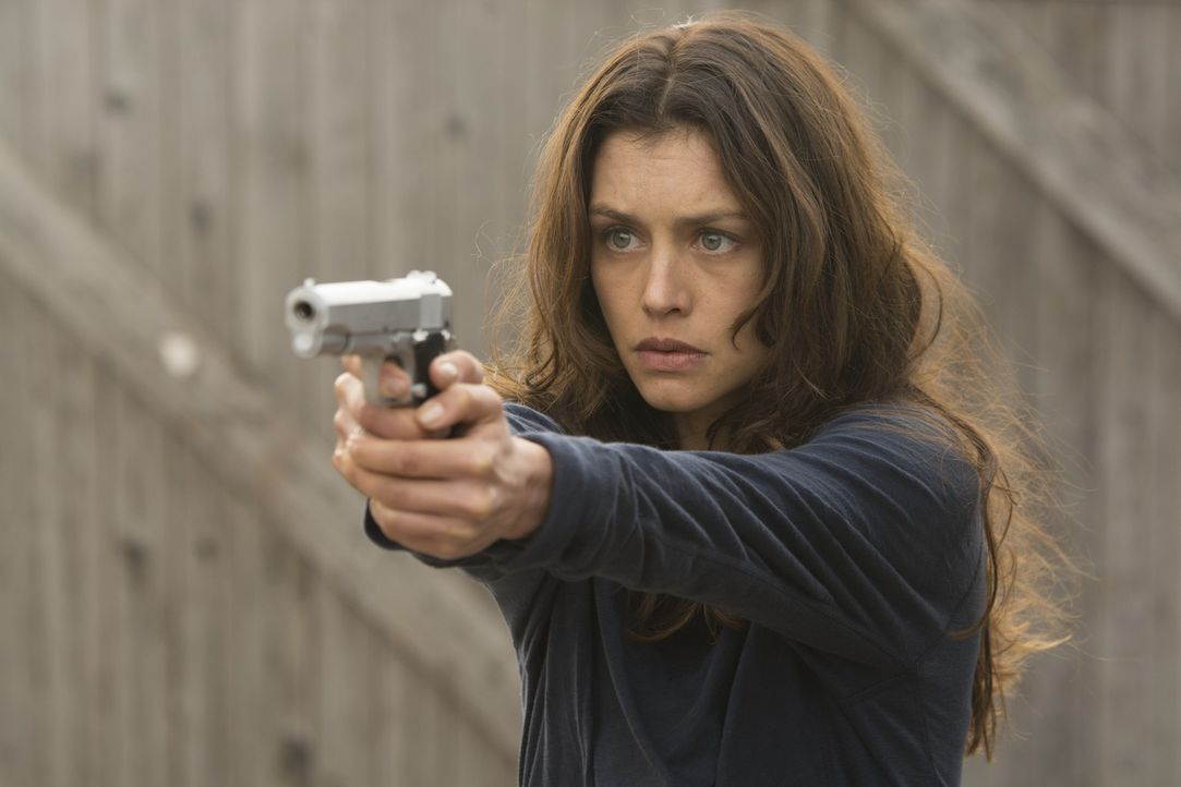 Wird Katia von Dees (Hannah Ware), die Tochter des mächtigen Erfinders des Agentenprogramms, tatsächlich den Aufenthaltsort ihres Vaters verraten un... - Bildquelle: 2015 Twentieth Century Fox Film Corporation.  All rights reserved.