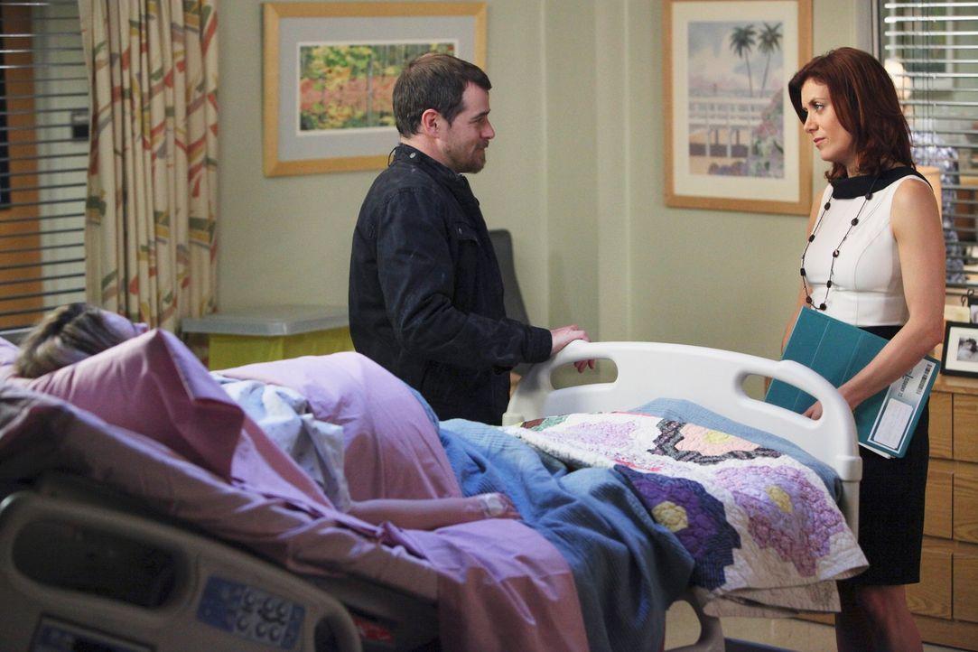 Eddie Lindy (Derek Phillips, M.) möchte nur eins, dass seine Frau Kayla (Monica Keena, l.) wieder aus dem Koma erwacht. Addison (Kate Walsh, r.) we... - Bildquelle: ABC Studios