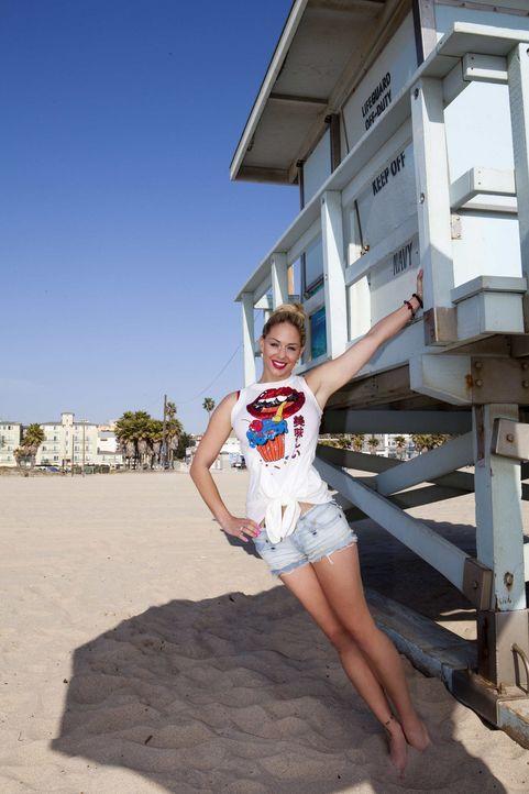 Sie ist Model und Schauspielerin, hat eine eigene Bar und möchte endlich Dauergast auf den Roten Teppichen von L.A. werden : Jill Kussmacher - Bildquelle: Kaveh Kasravi sixx