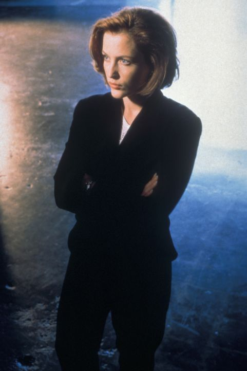 (5. Staffel) - Die FBI-Agentin Dana Scully (Gillian Anderson) erforscht außergewöhnliche Phänomene. - Bildquelle: TM +   2000 Twentieth Century Fox Film Corporation. All Rights Reserved.