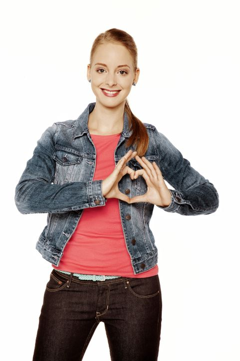 Lara Vogel (Amelie Plaas Link) ist Beas Nichte und interessiert sich teenagertypisch für Klamotten, Stylings und diverse Casting-Shows ... - Bildquelle: SAT.1