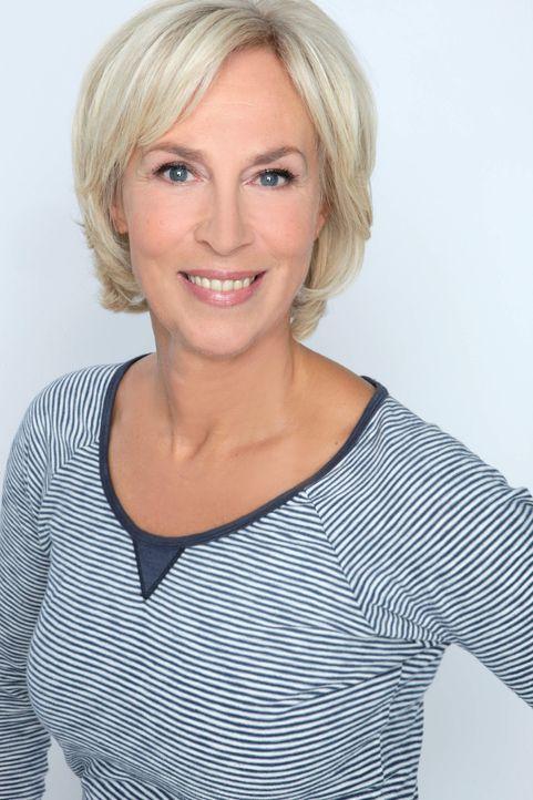 """Gaby Papenburg präsentiert mit """"Gesund & lecker"""" ein Magazin, in dem sich alles rund um Gesundheit, Ernährung, Fitness und Wellness dreht ... - Bildquelle: SAT.1 Gold"""