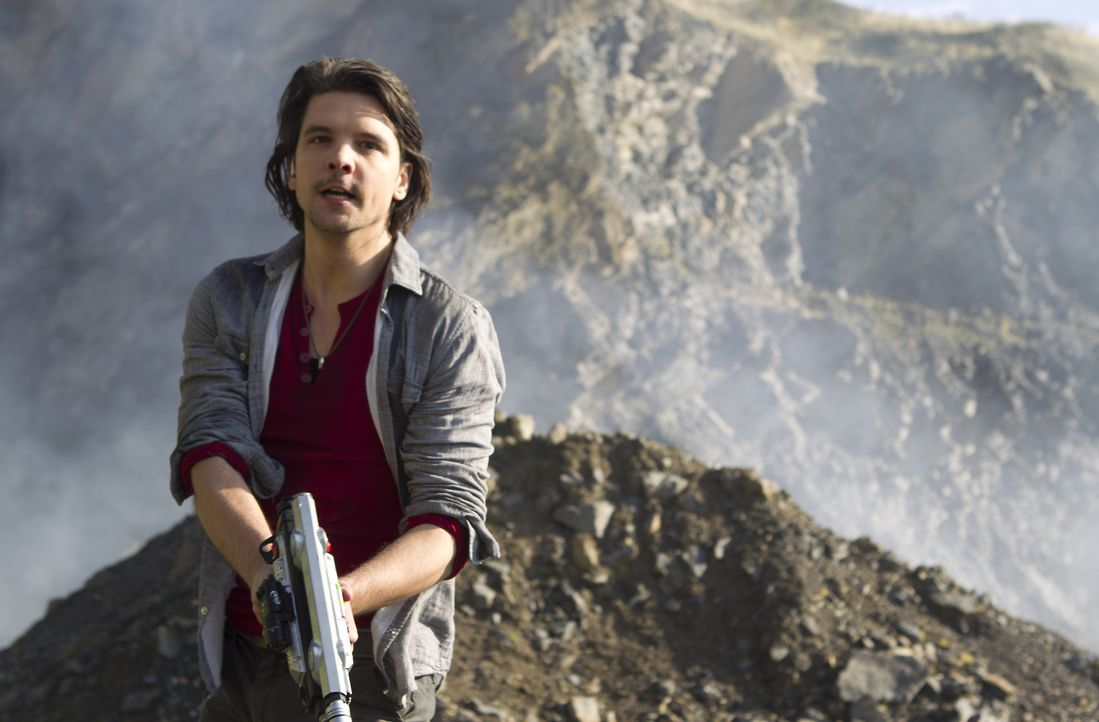 Können Connor (Andrew Lee Potts), Matt und Abby die Zukunft noch retten? - Bildquelle: ITV Plc