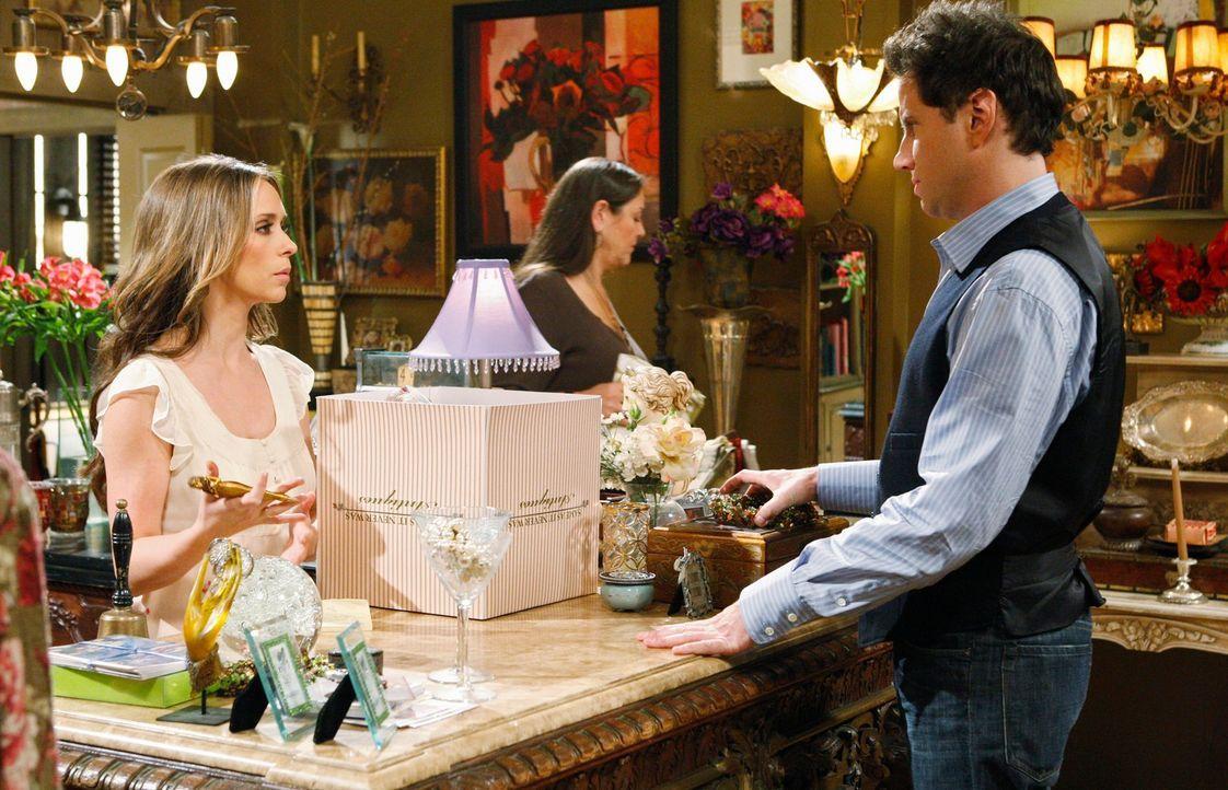 Gemeinsam gehen Delia (Camryn Manheim, M.), Eli (Jamie Kennedy, r.) und Melinda (Jennifer Love Hewitt, l.) auf Geisterjagd ... - Bildquelle: ABC Studios