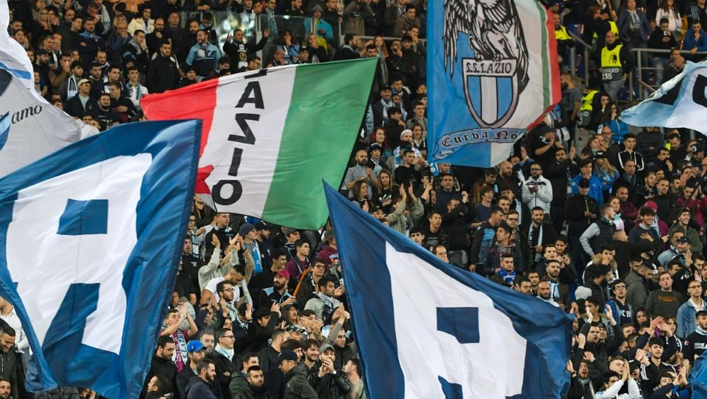 Die Lazio-Fans fielen erneut negativ auf - Bildquelle: AFPSIDTIZIANA FABI