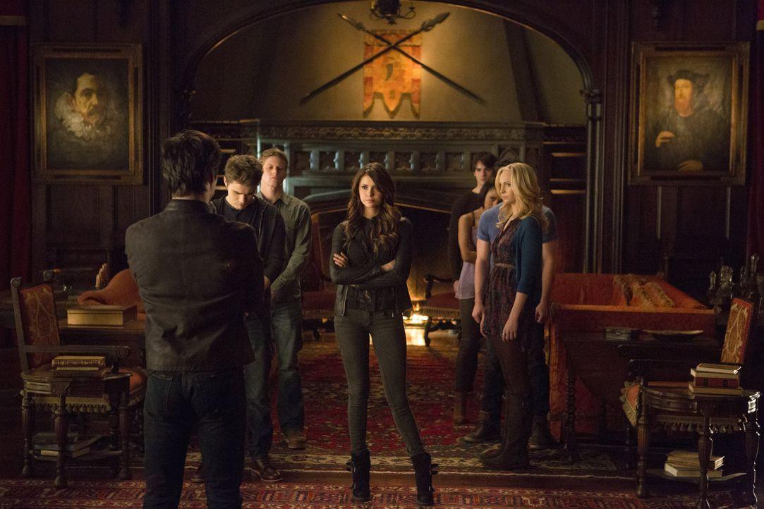 Alle gegen Katherine - Bildquelle: Warner Bros. Entertainment Inc.