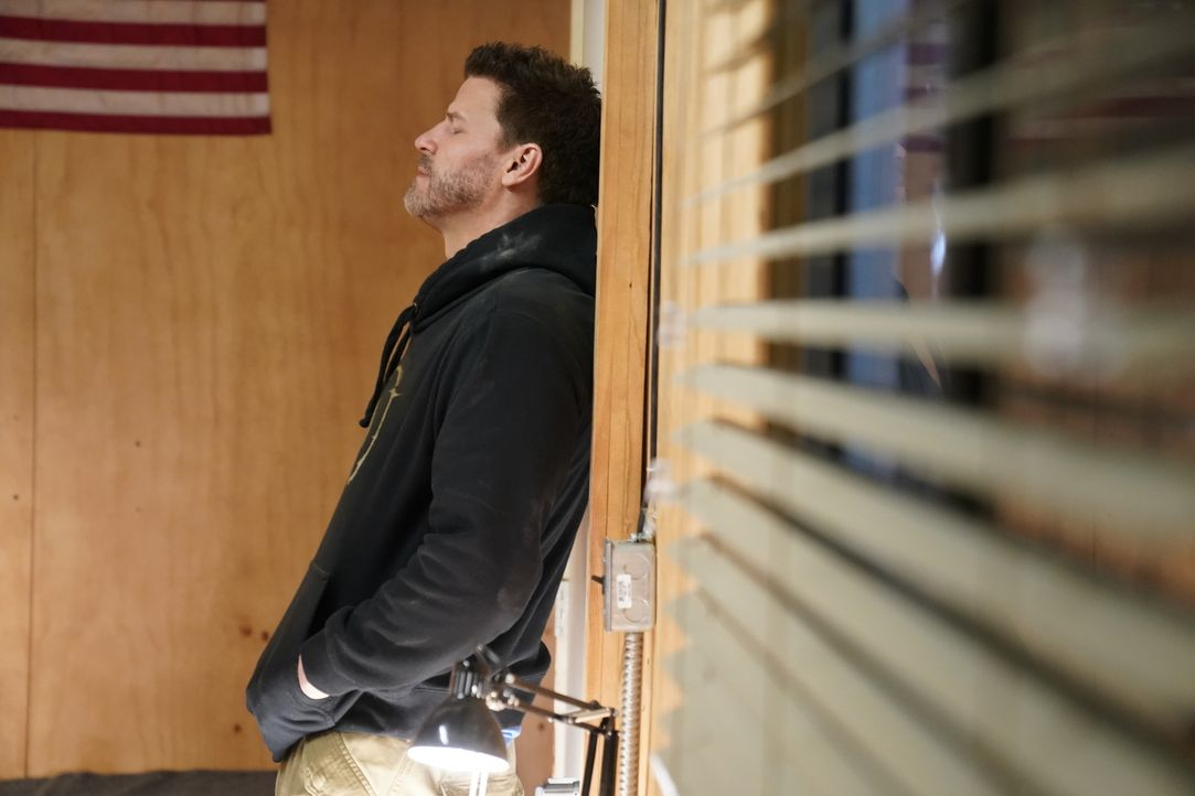 Nach der Nacht mit Amy ist Jason (David Boreanaz) unsicher, wo die beiden stehen ... - Bildquelle: Cliff Lipson Cliff Lipson/CBS   2018 CBS Broadcasting, Inc. All Rights Reserved.
