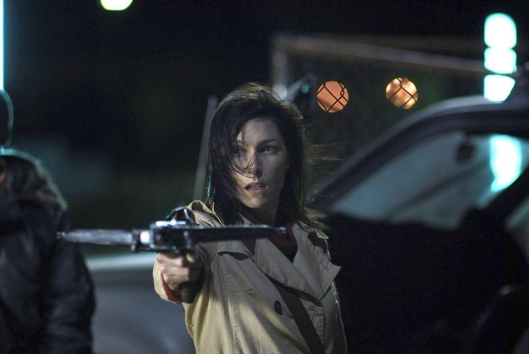 Ein blutiger Kampf ums Überleben beginnt: Audrey Bennett (Claudia Karvan) ... - Bildquelle: 2010 Tiberius Film GmbH & Co. KG