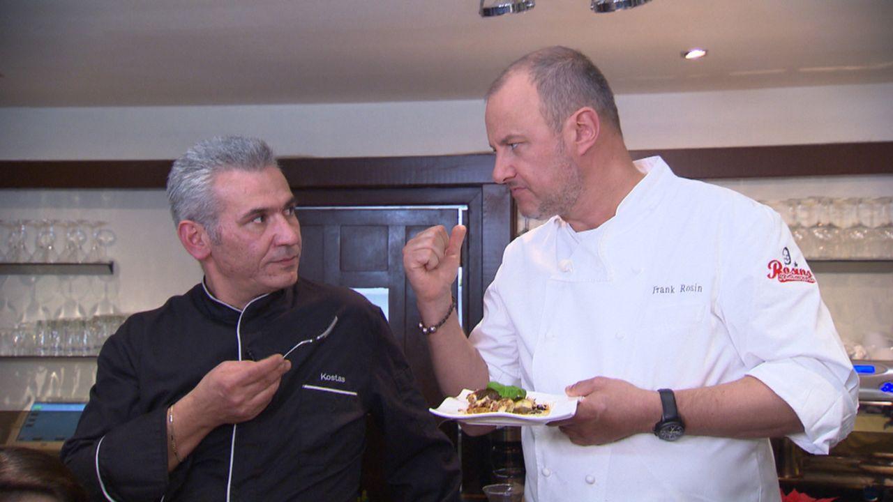 Frank Rosin (r.) hat bereits einen Ansatz für Kostas (l.): Dass das Lokal den Namen einer italienischen Stadt trägt, aber kein italienisches Essen a... - Bildquelle: kabel eins