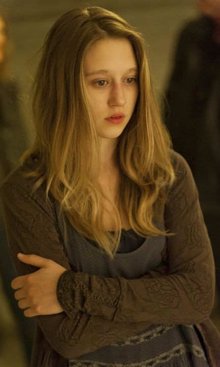 Taissa Farmiga als Violet - Bildquelle: 2013-2014 Fox and its related entities