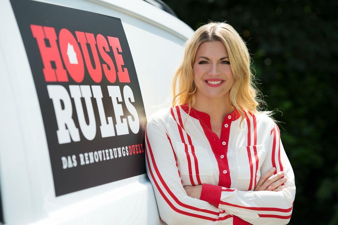 House Rules - Das Renovierungsduell wird von Nina Bott moderiert ... - Bildquelle: Willi Weber SAT.1