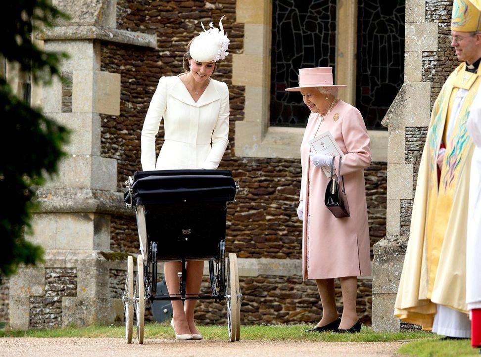 Taufe-Prinzessin-Charlotte-15-07-05-05-AFP - Bildquelle: AFP