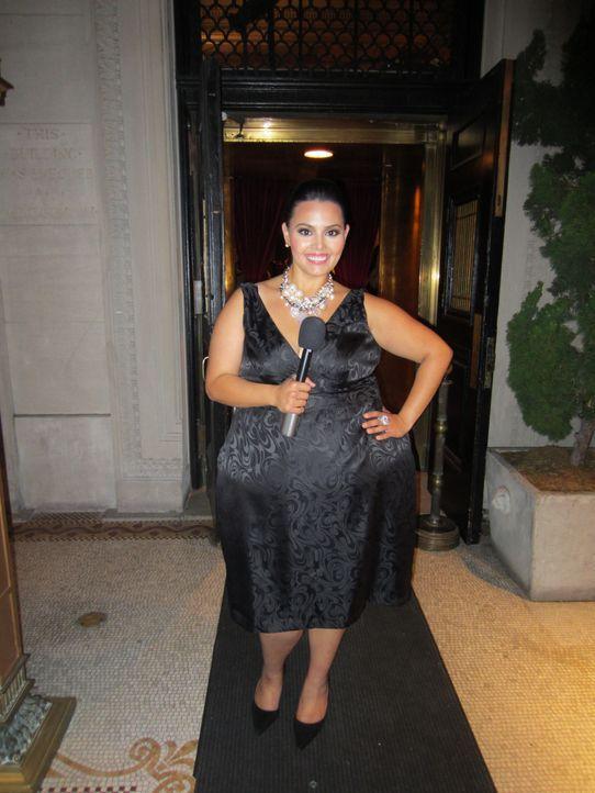 """Rosie darf bei einem großen Event von """"Gossip meets Couture"""" vom roten Teppich berichten ... - Bildquelle: MMXII SiTv, Inc. All rights reserved."""
