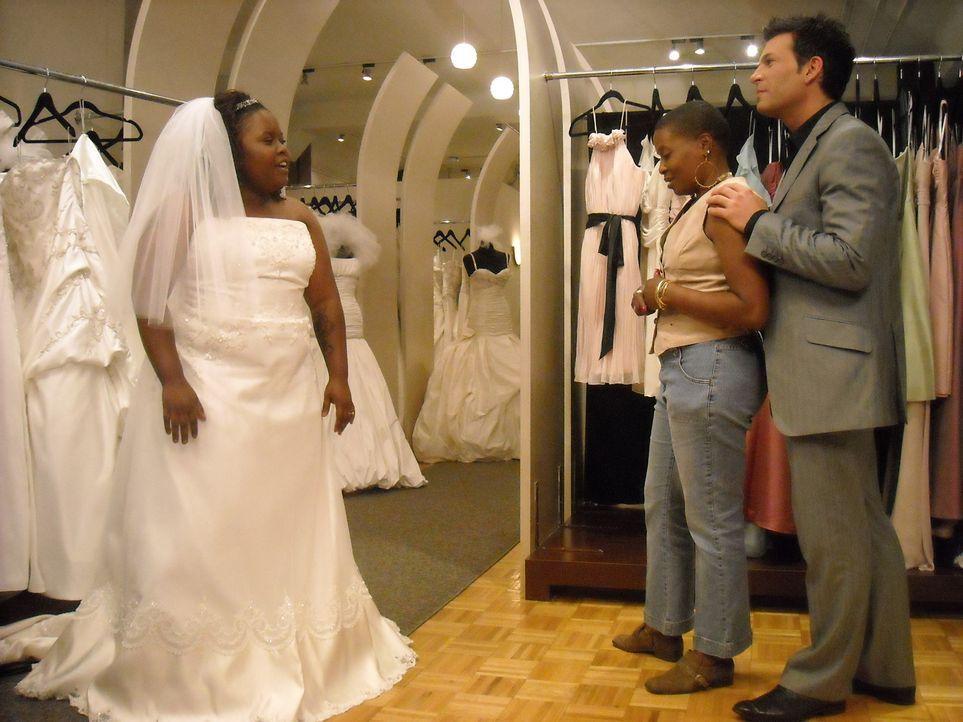Braut Noelle will bei ihrer Hochzeitsfeier die traditionellen Werte der Süds... - Bildquelle: Pilgrim Studios 2009