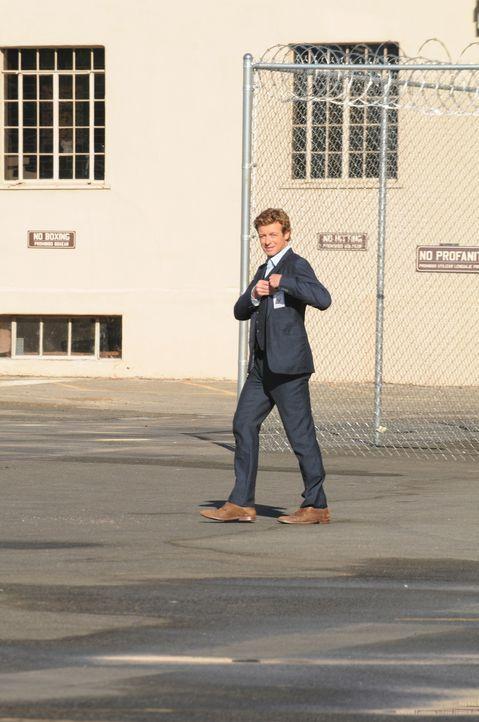 Löst mit seinem besonderen Gespür für Menschen komplizierte Mordfälle, doch liegt Patrick Jane (Simon Baker) auch in dem neuen Fall richtig? - Bildquelle: Warner Bros. Television